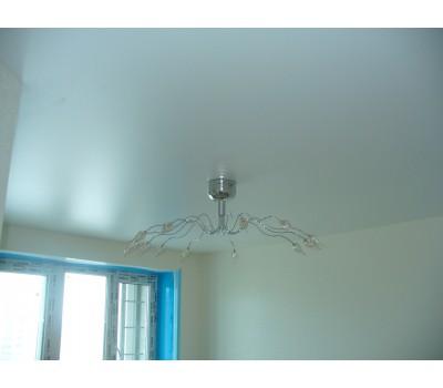 Натяжной потолок сатин